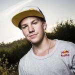 Enzo Lopes é piloto oficial KTM Brasil